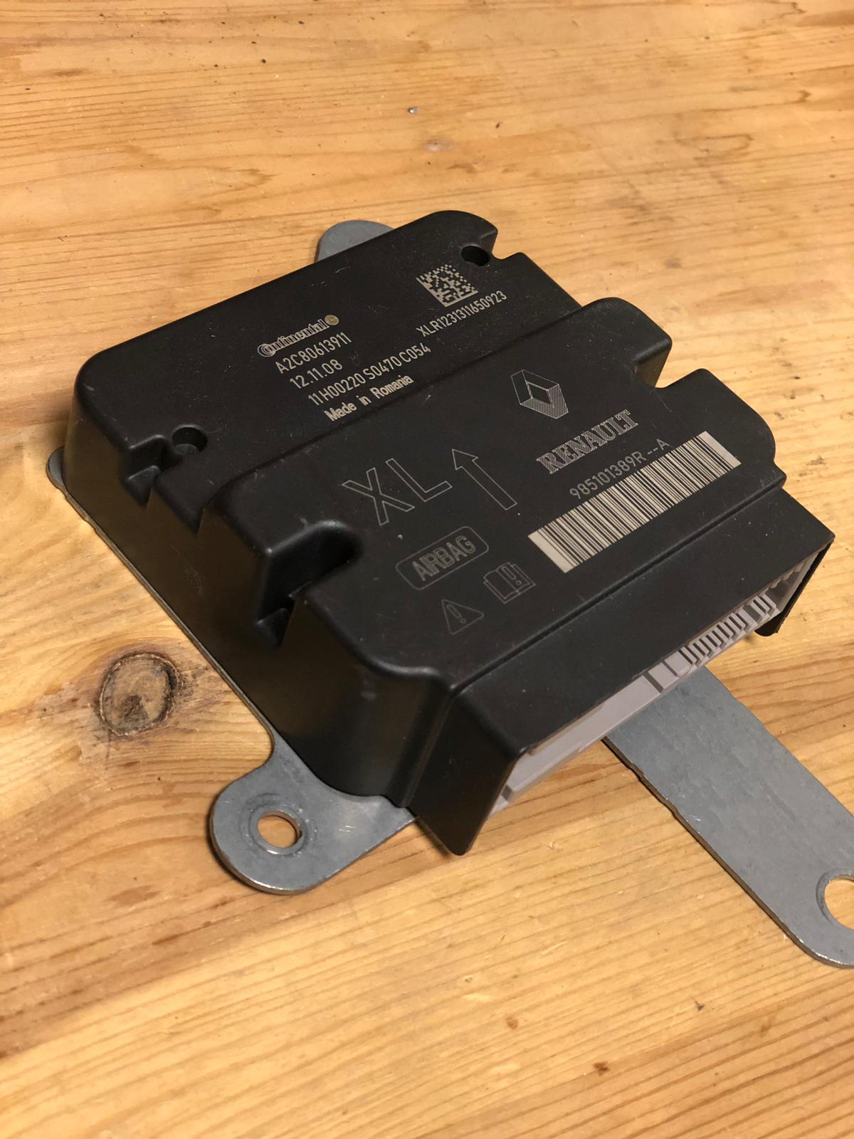 Airbag crash module